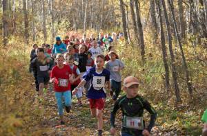 Crowded field in the early part of the Senior ELM 1.3km at the 2015 Bezanson Bog